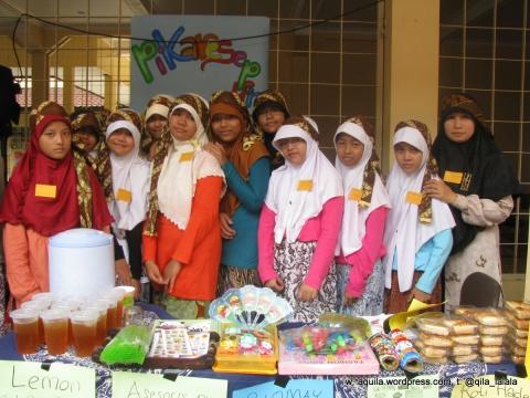 Market Day November 2012 di SDIT At-Taufiq Bogor